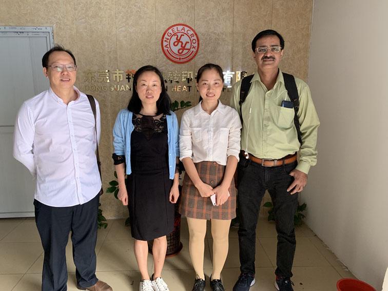 Customers visit Yanyan company